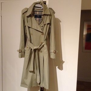 Burberry Trench  (vintage)